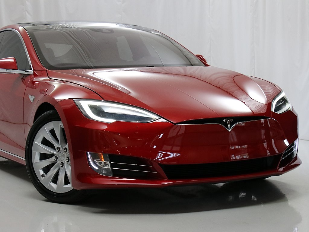 Pre-Owned 2016 Tesla Model S 90D Autopilot
