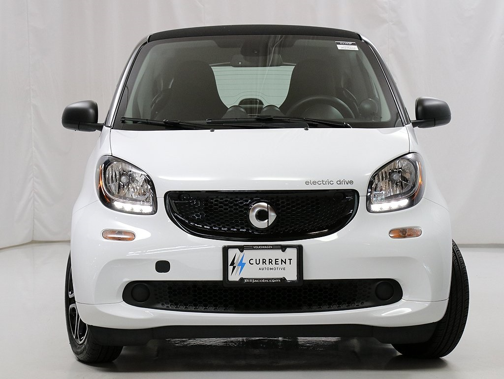 Pre-Owned 2018 smart Fortwo electric drive Passion