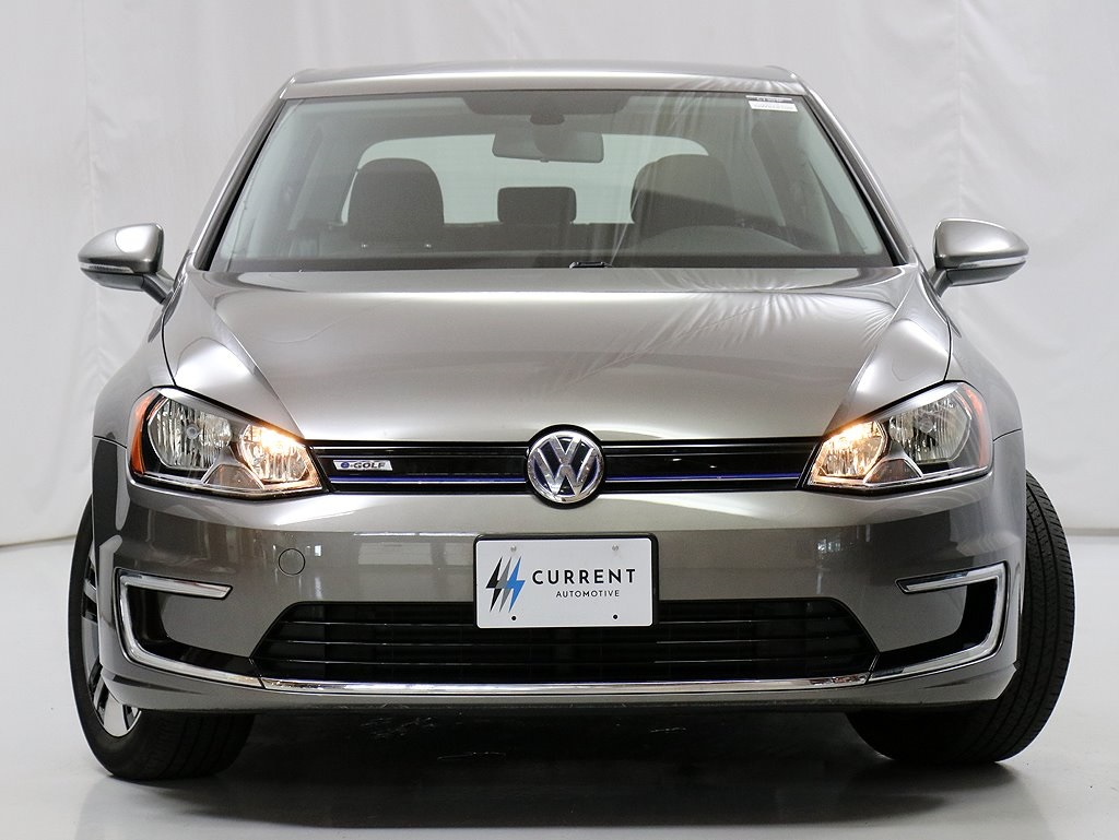 Pre-Owned 2016 Volkswagen e-Golf SE 83 mile Range