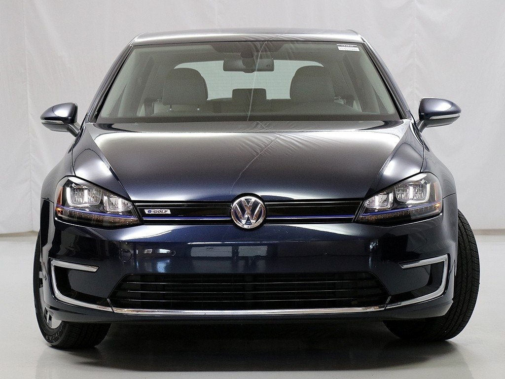 Pre-Owned 2016 Volkswagen e-Golf SEL Premium