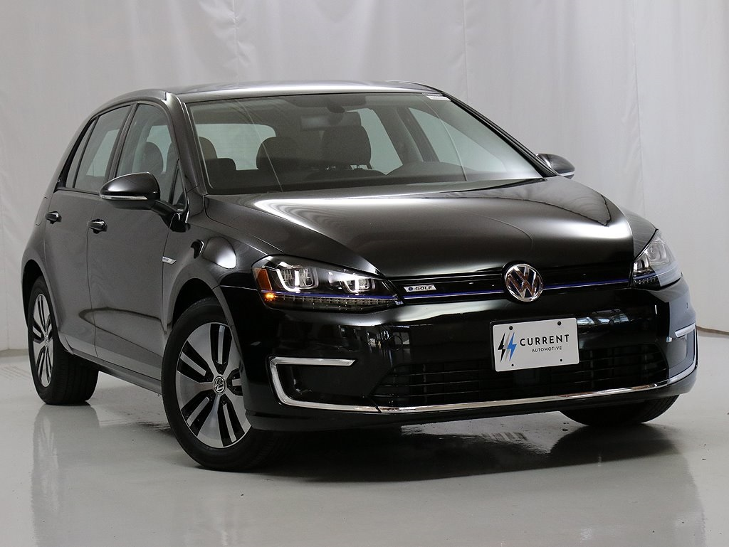 Pre-Owned 2016 Volkswagen e-Golf SEL 83 mile Range